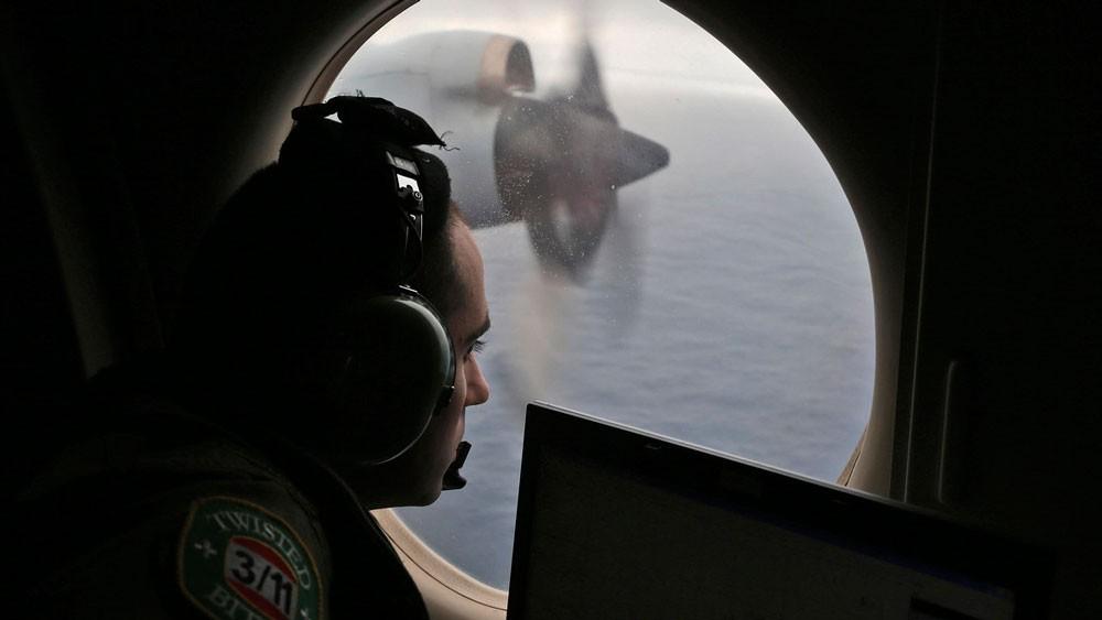 """بعد 4 سنوات بحث.. خبراء طيران يكشفون لغز """"الماليزية"""""""