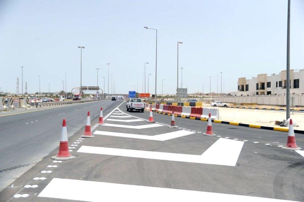 """""""الأشغال"""" تفتتح المرحلة الثانية من مشروع تقاطع الجسرة"""