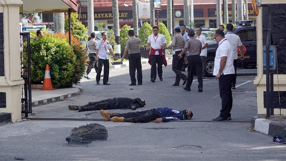 مقتل شرطي و4 مهاجمين باعتداء جديد في إندونيسيا