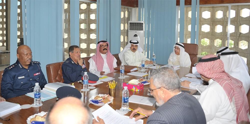 معالي جواد بن سالم العريض يترأس اجتماع اللجنة الوزارية للشؤون القانونية