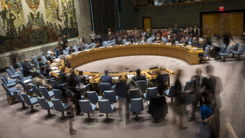 جلسة طارئة لمجلس الأمن والكويت تدعو لحماية الفلسطينيين