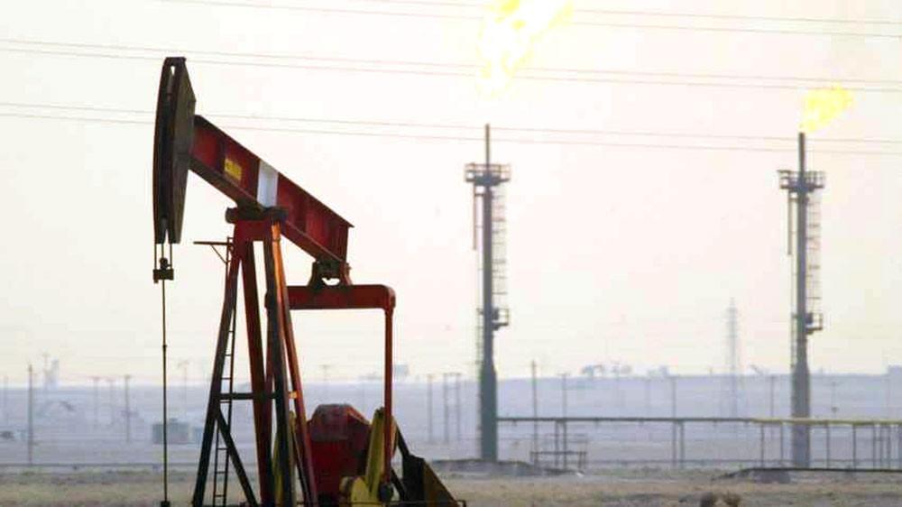 """النفط يهبط وسط مؤشرات """"وفرة المعروض"""""""