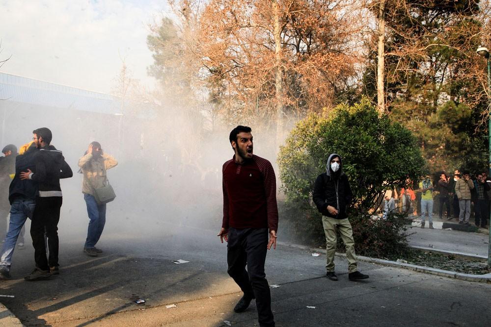 قتيل وجرحى باحتجاجات جديدة جنوبي إيران