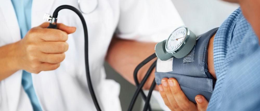 معدل الإصابة بالسكري والضغط يزيد لدى الإعلاميين 3 أضعاف