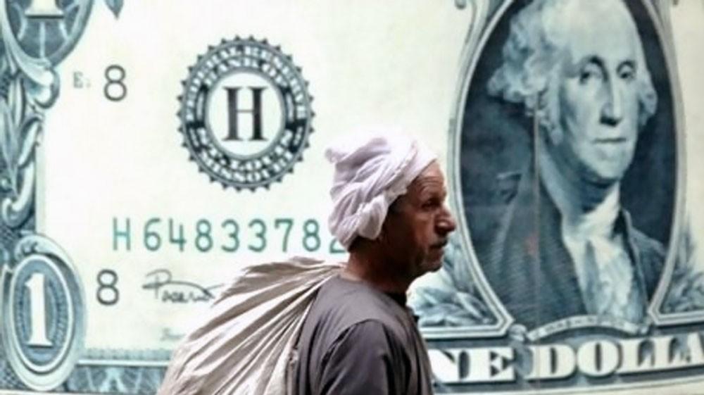 بعد عام من الاستقرار..هل يخترق الدولار 18 جنيها في مصر؟