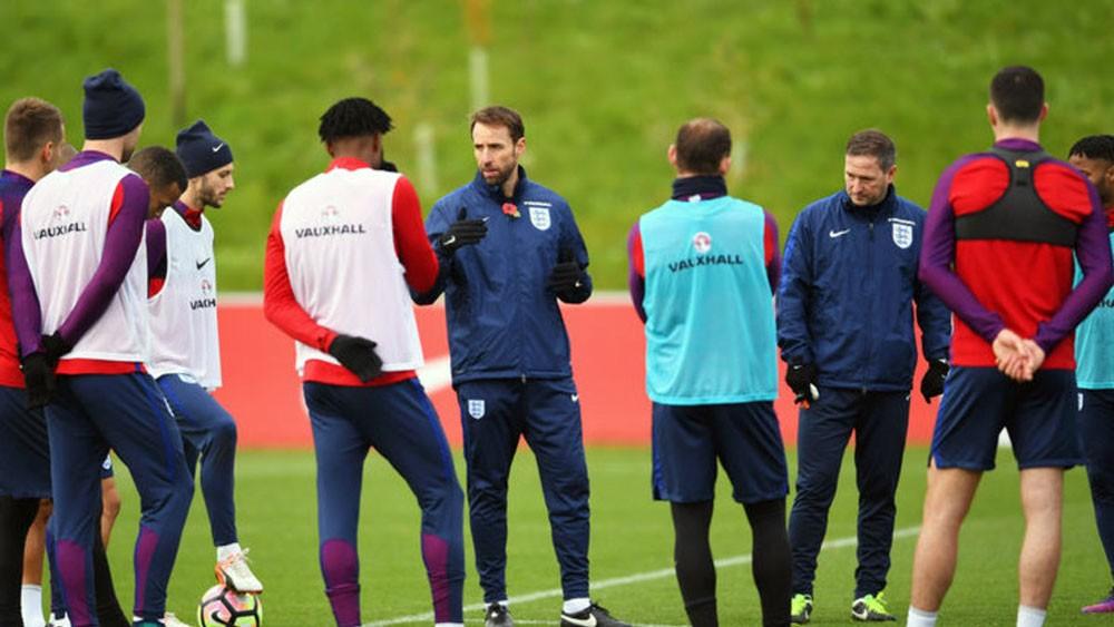 ساوثغيت: شباب إنجلترا سيصنعون المفاجأة في كأس العالم