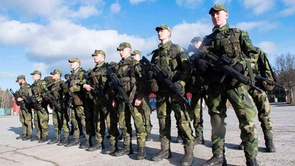 """السويد تحذر مواطنيها: """"كن مستعدا للحرب"""""""