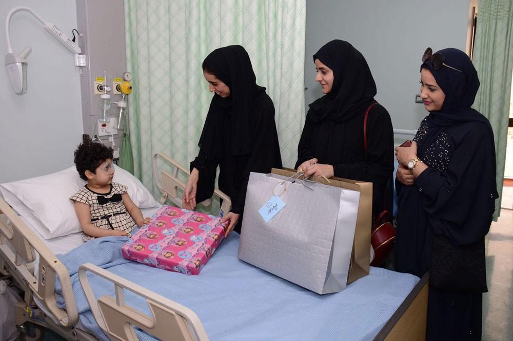 المحافظة الجنوبية ترسم الفرحة على وجوه الأطفال بالمستشفى العسكري