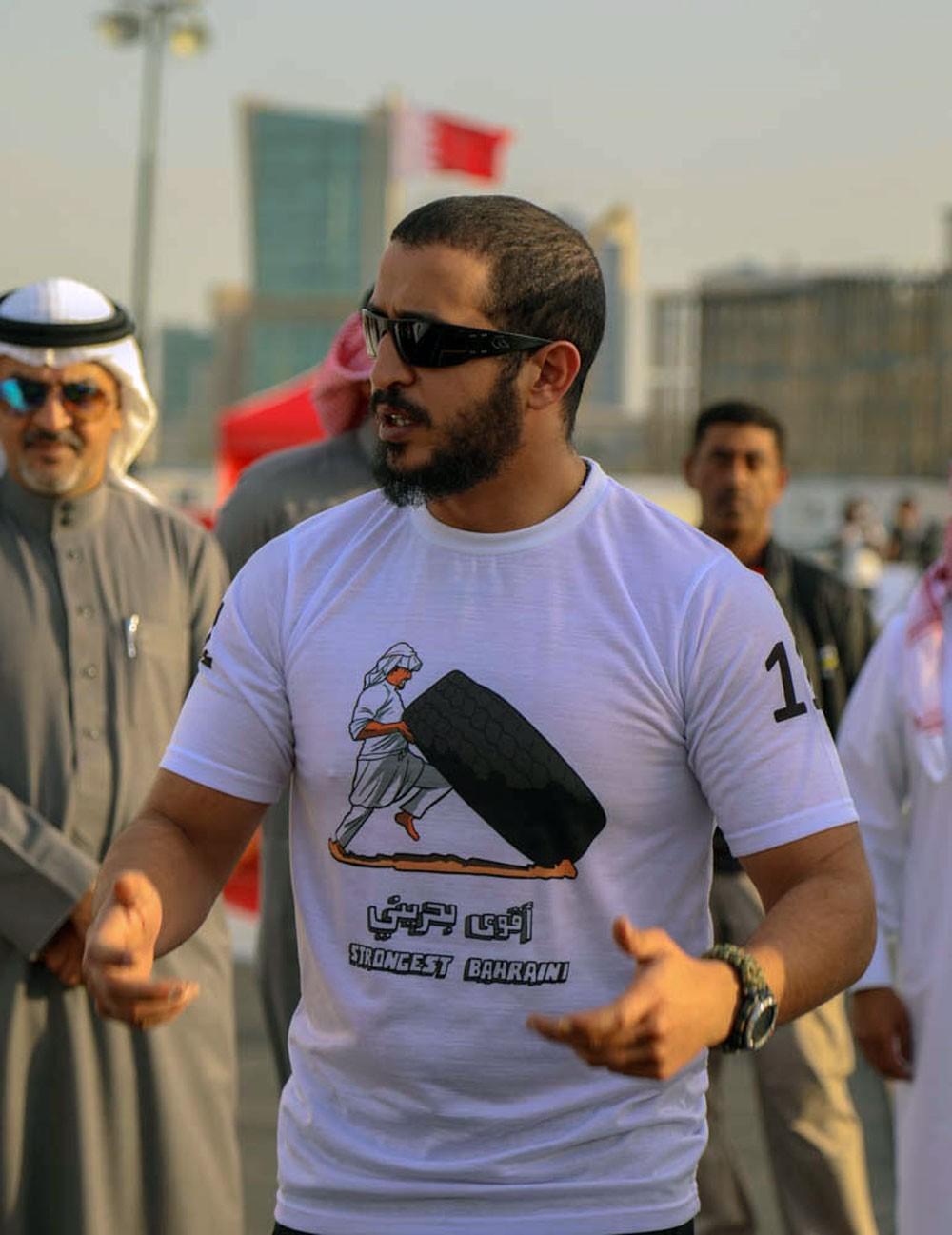 خالد بن حمد يوجه لإقامة التصفيات التأهيلية لبطولة #أقوى_رجل_بحريني في سبتمبر القادم