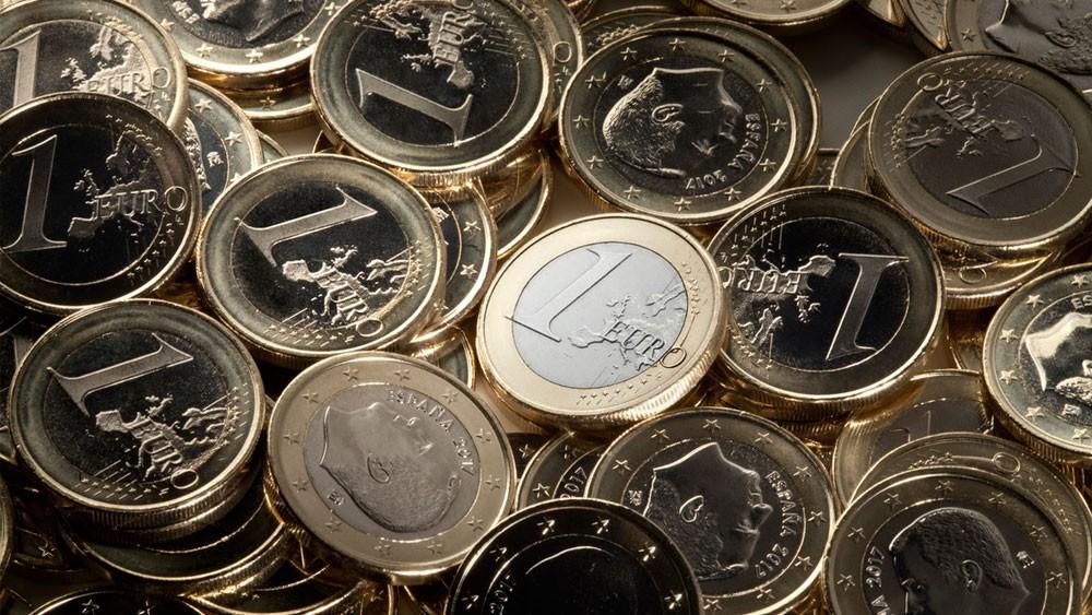 اليورو يرتفع لأعلى مستوى في 10 أيام بعد تصريحات المركزي