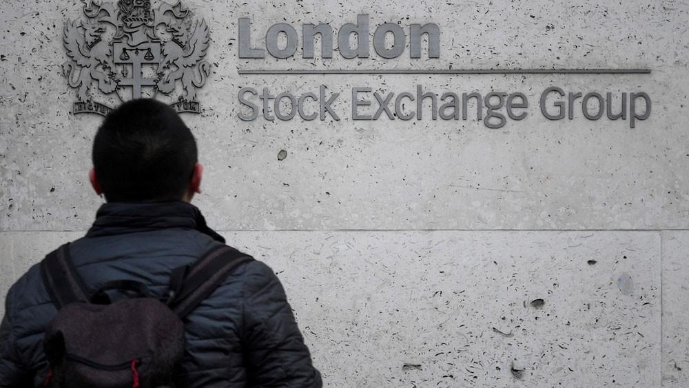 هيئة السوق البريطانية تمضي في فئة إدراج جديدة