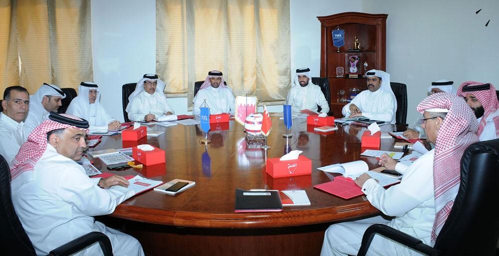 الشيخ علي بن خليفة بن أحمد يترأس الاجتماع 22 لاتحاد الكرة