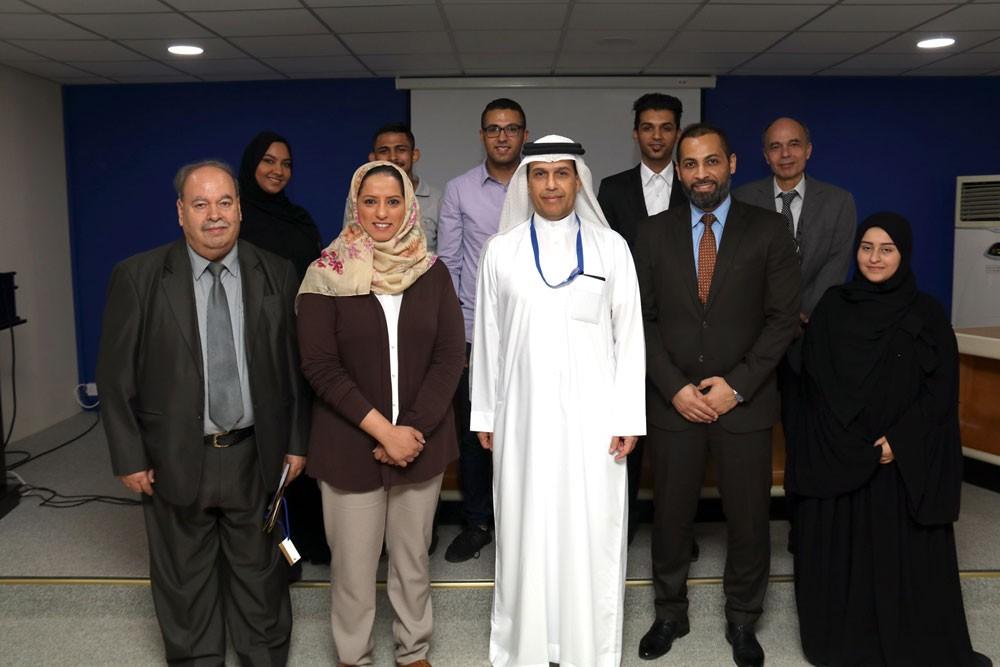طيران الخليج تكرم طلبة السياحة المتميزين في جامعة البحرين
