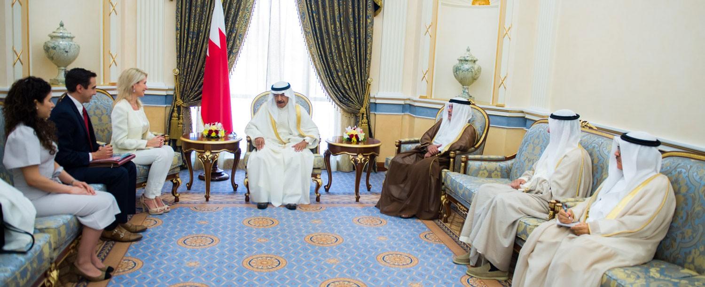 سمو رئيس الوزراء: البحرين وضعت نهجا للتنمية وتنفيذ استراتيجية تنموية