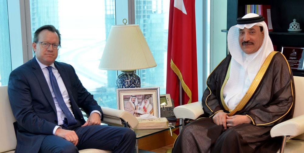حميدان يبحث مع السفير الأمريكي تعزيز أوجه التعاون في مجال تطوير أنظمة العمل والرعاية الاجتماعية
