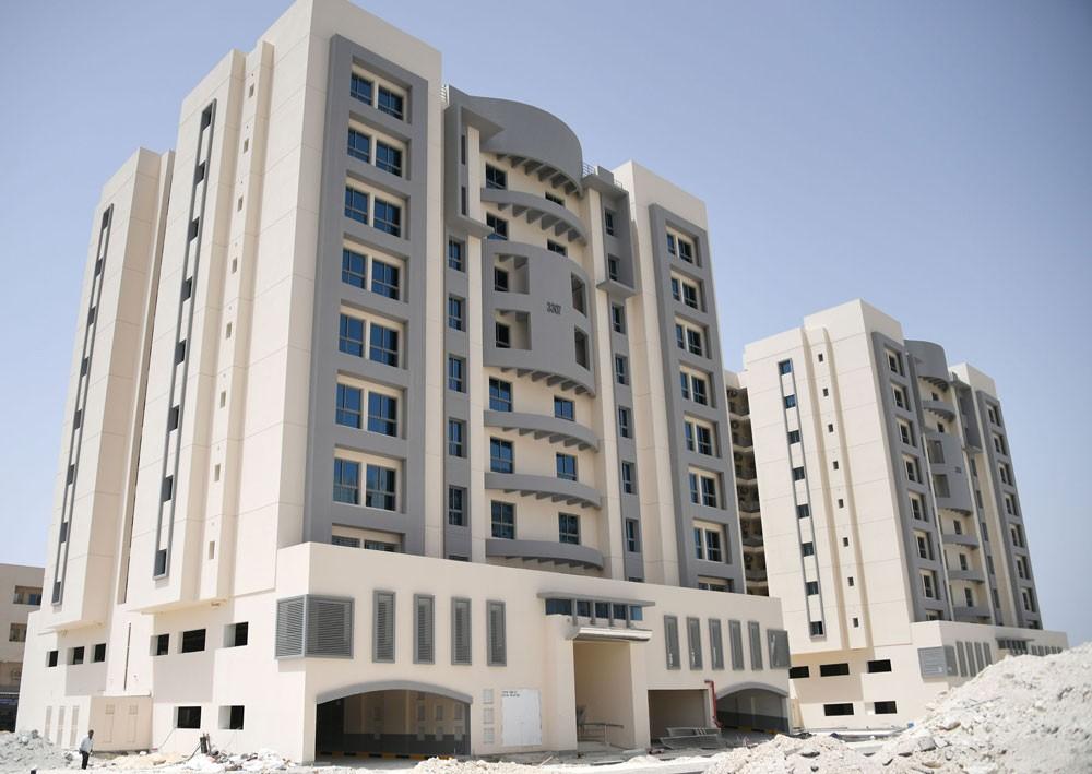 """وزير الإسكان: 98% نسبة الأعمال الإنشائية بمشروع """"الحجيات"""""""