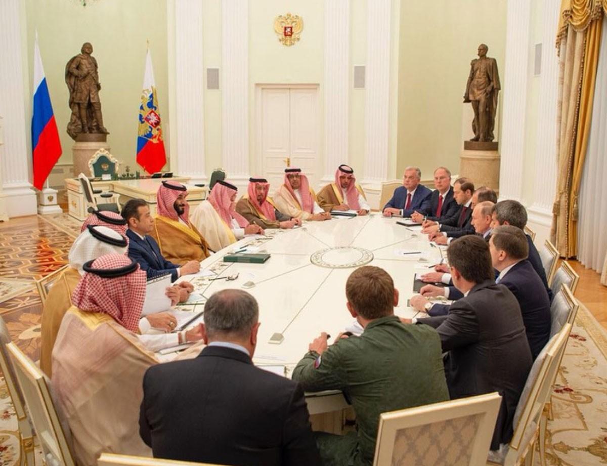 محمد بن سلمان لبوتين: التعاون بيننا مفيد للعالم بأسره