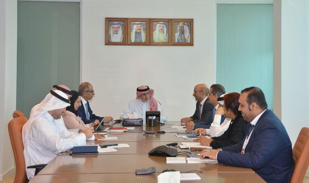 الزياني يؤكد حرص الوزارة على تقديم التسهيلات لتعزيز القطاع التجاري والاستثماري