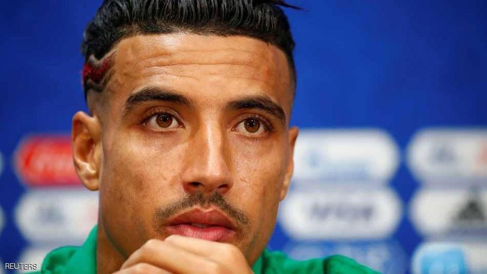 مدافع المغرب لزملائه : لا تحترموا رونالدو كثيرا