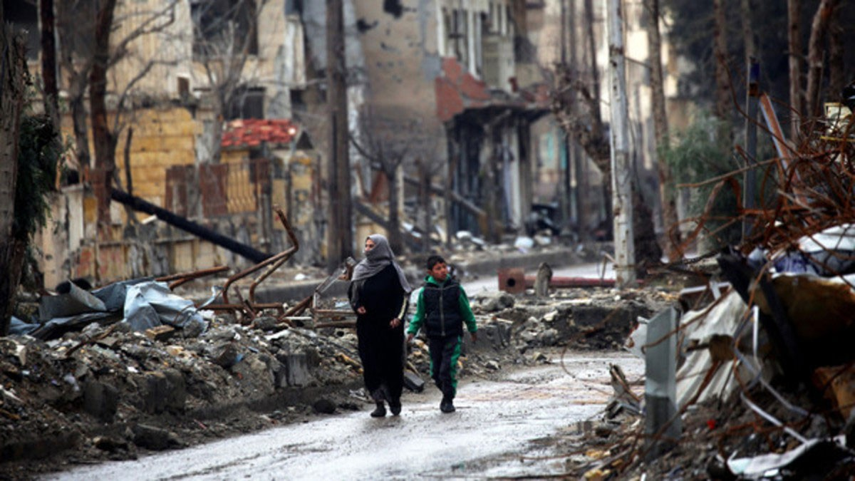 """خوفاً من داعش.. سوريا الديمقراطية تعلن """"الطوارئ"""" بالرقة"""
