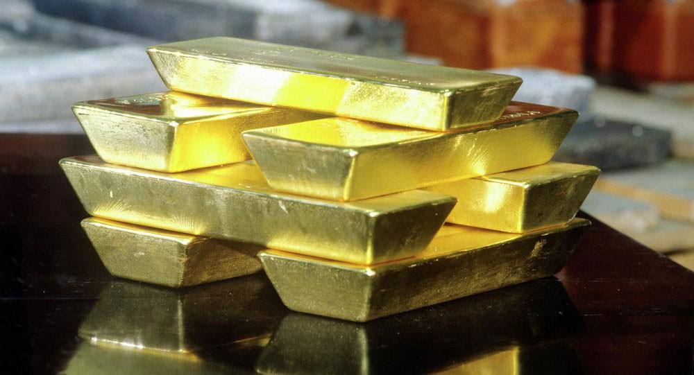 تراجع الدولار وارتفاع أسعار الذهب