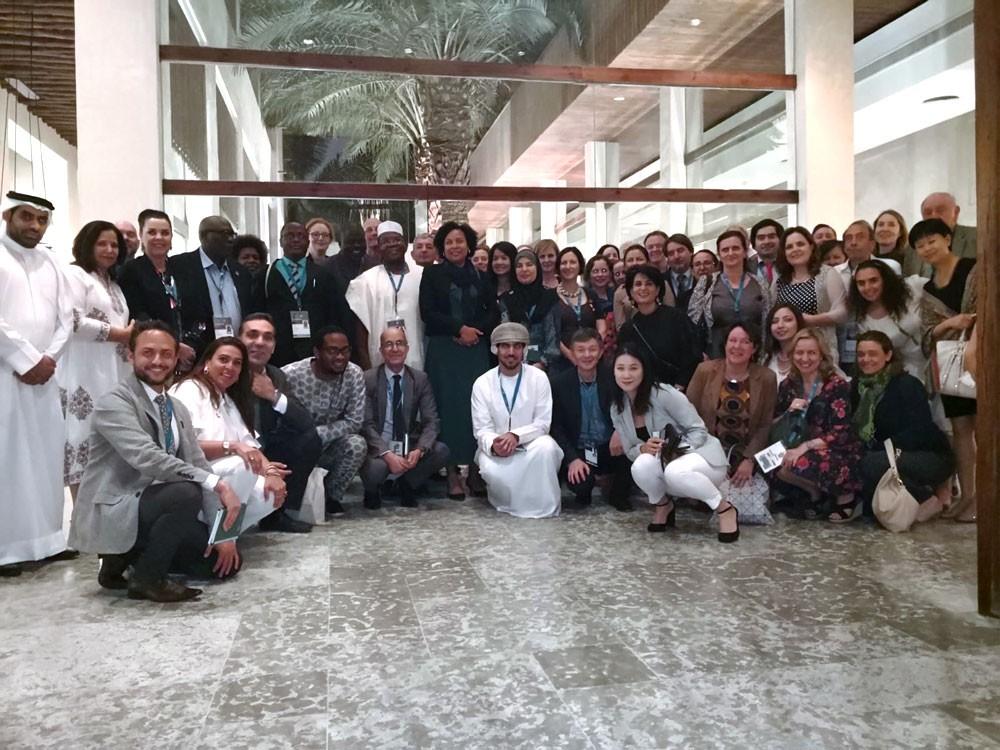 عائلات بحرينية تستقبل الوفود المشاركة في اجتماع لجنة التراث العالمي