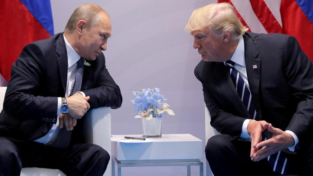 """قمة بوتين وترمب ستتطرق لـ""""كل المواضيع"""" باستثناء واحد"""