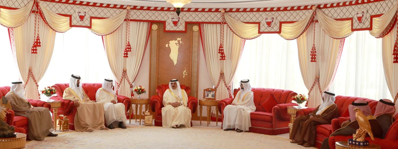 جلالة الملك يشيد بموقف السعودية والامارات والكويت في دعم استقرار الأوضاع المالية