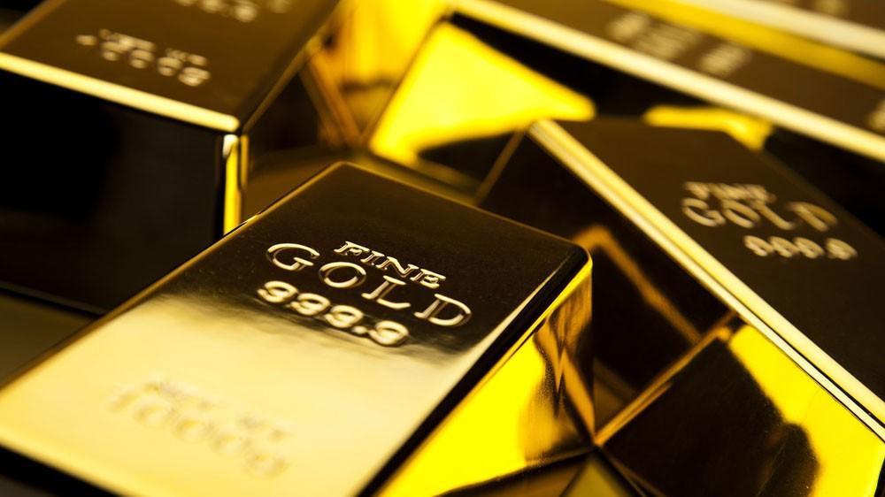 الذهب يلامس أعلى المستويات في أسبوع مع هبوط الدولار