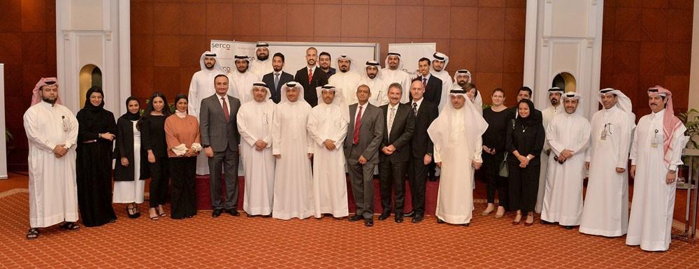 """""""المواصلات والاتصالات"""" تخرج الدفعة الأولى من برنامج """"أجواء"""" لتدريب المراقبين الجويين البحرينيين"""