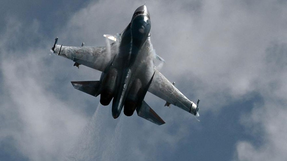 روسيا تضرب داعش جنوب سوريا.. غارات جوية وقصف مدفعي