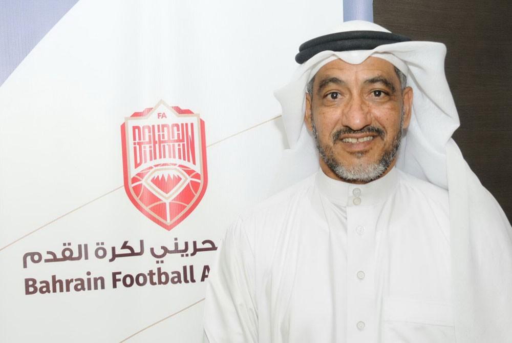 اتحاد الكرة يعتمد إقامة معسكر إعدادي للحكام في مصر