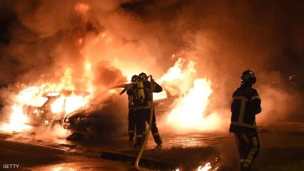 إحراق مئات السيارات في ليلة تتويج فرنسا
