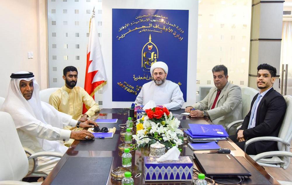 رئيس الأوقاف الجعفرية يستقبل صاحب مشروع غسيل السيارات سيد هاشم أمين