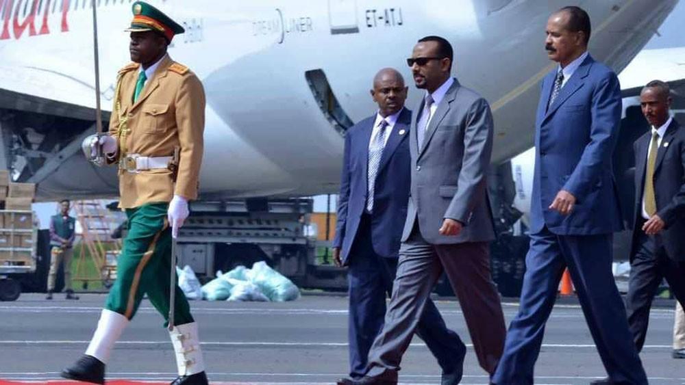 بعد إغلاق استمر عقدين.. إريتريا تعيد افتتاح سفارتها بإثيوبيا