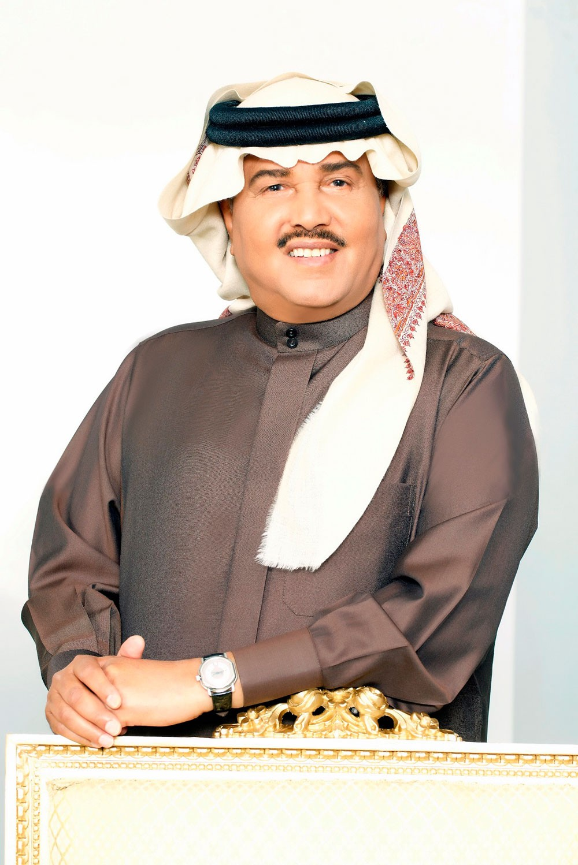 محمد عبده يغني لجمهور مفاجآت صيف دبي