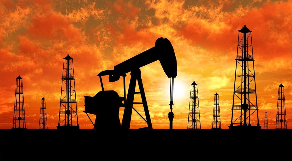 النفط يتجه الى الارتفاع بعد هجوم الحوثيين الارهابي على ناقلات نفط سعودية