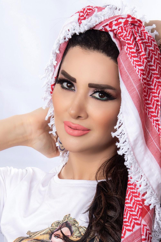 """زين عوض تطلق أغنيتيها الوطنية """"تكبر وتعلى"""" في حب الأردن"""