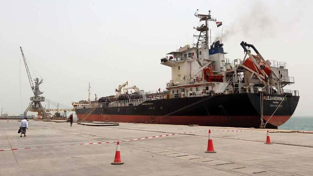 السعودية: الحوثيون ومن خلفهم خطر على الأمن الإقليمي والدولي