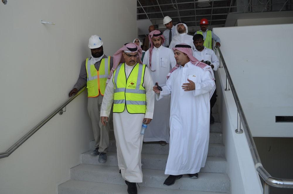 """وفد الصندوق السعودي يطلع على مشروعي """"غسيل الكلى"""" و """" مدرسة الشيخة موزة"""""""