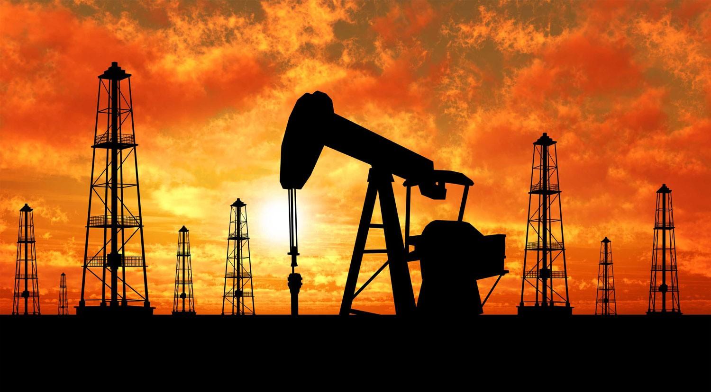 """النفط يتماسك ويستأنف موجة """"الصعود"""" بعد خسائر ليومين"""