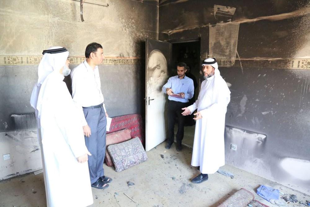رئيس المجلس البلدي الشمالي  يعاين حريق بيت منطقة مدينة حمد