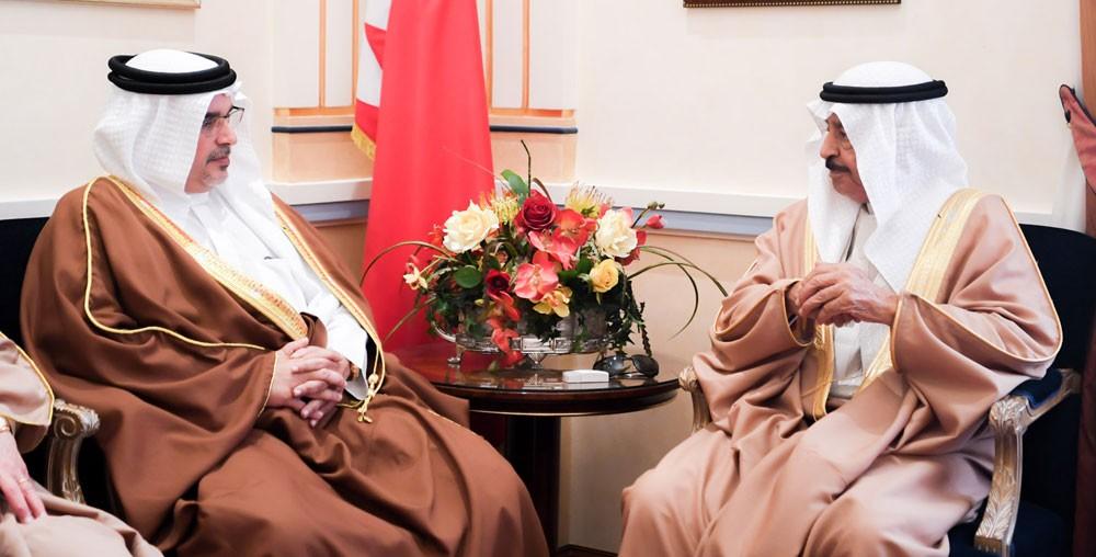 رئيس الوزراء وولي العهد يشددان على حرص الحكومة تبني المبادرات الاقتصادية التي تحقق التوازن المالي