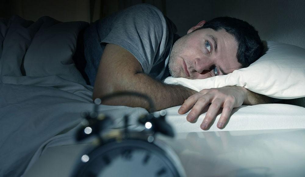 قلة النوم تؤدي إلى الخرف المبكر.. وهذا الرئيس مثال!