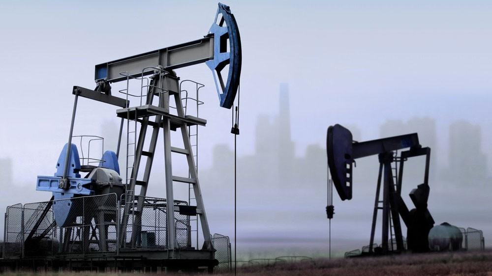 مع بدء فرض العقوبات على إيران.. النفط يصعد لـ74 دولارا
