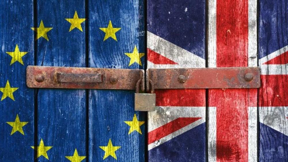 """بريطانيا تحذر من """"مؤامرة فرنسية"""" ضد مركزها المالي"""