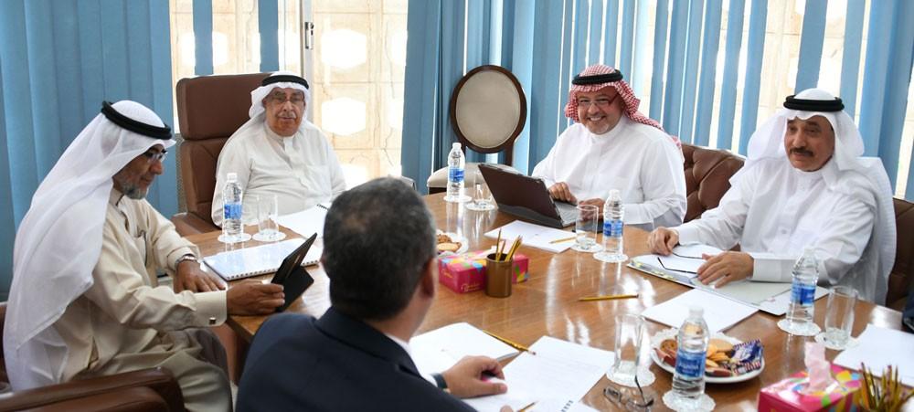 اللجنة الوزارية للشؤون القانونية تبحث عددا من مشروعات القوانين والقرارات الحكومية