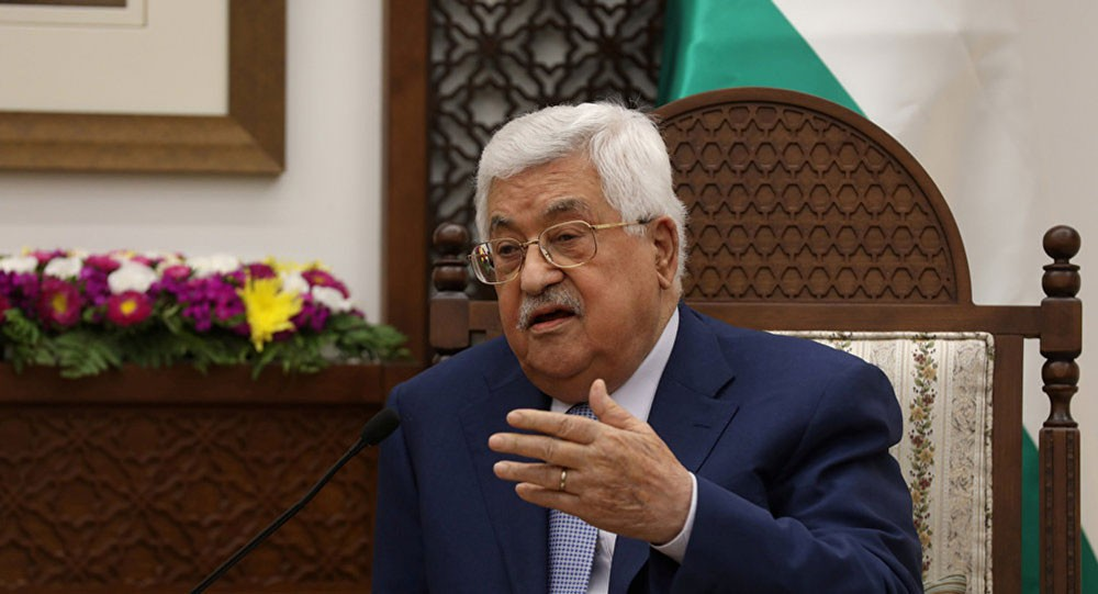 عباس يجري اتصالات مكثفة لوقف التصعيد الإسرائيلي على قطاع غزة