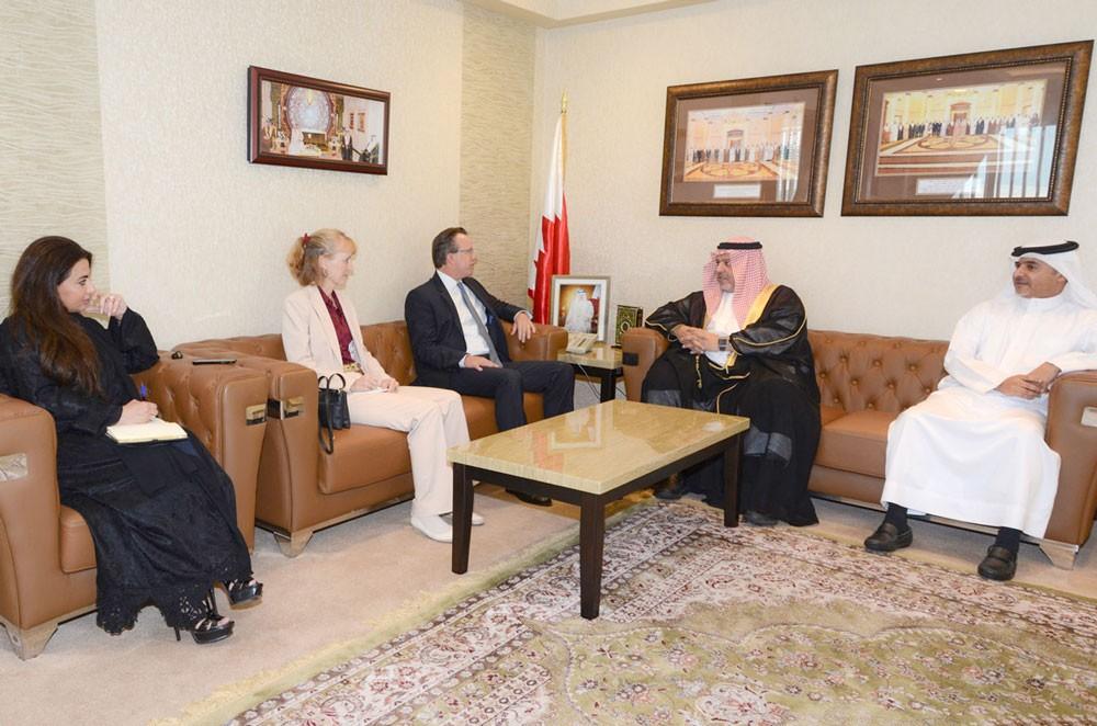 وزير العدل يشيد بمستوى علاقات الصداقة المتميزة القائمة بين البحرين والولايات المتحدة