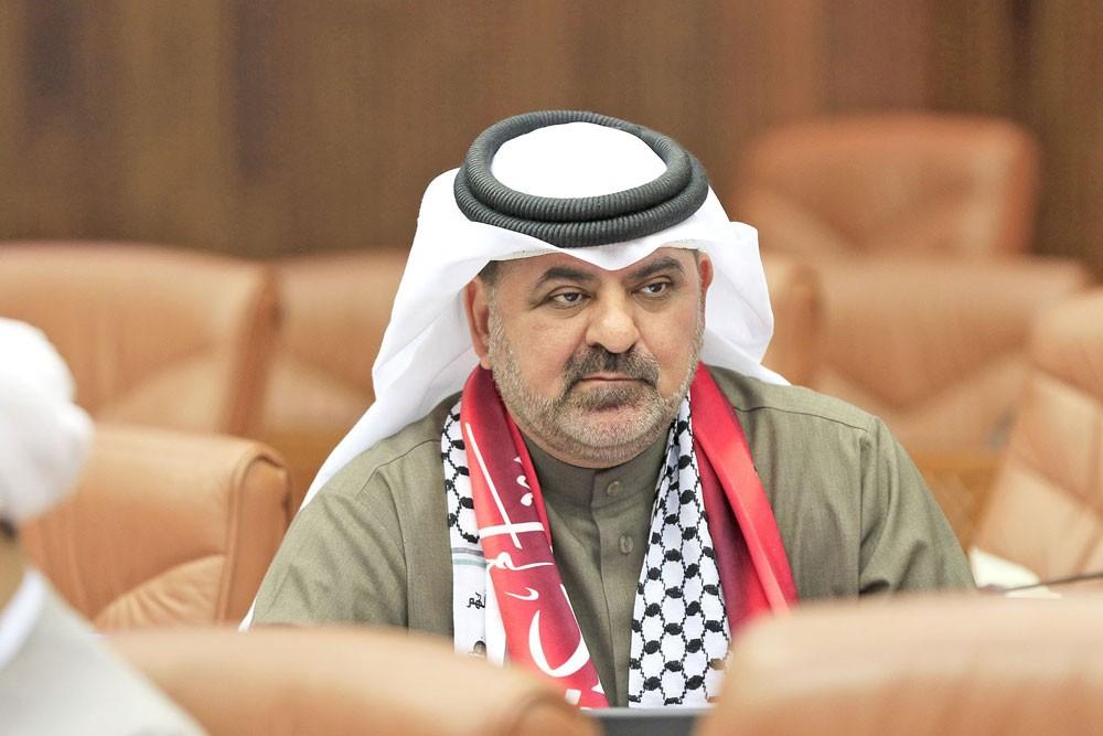 """المعرفي: لا لتوظيف البحرينيين مؤذنين """"بارت تايم"""""""